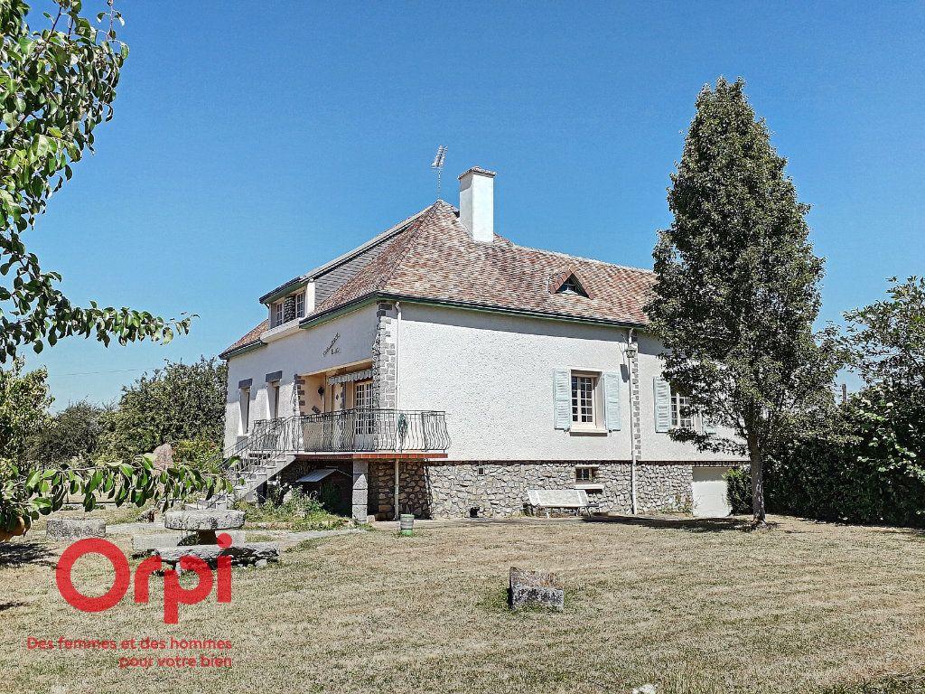 Maison à vendre 5 136m2 à Saint-Rémy-des-Monts vignette-5