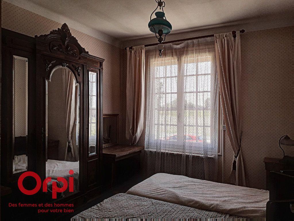 Maison à vendre 5 136m2 à Saint-Rémy-des-Monts vignette-9