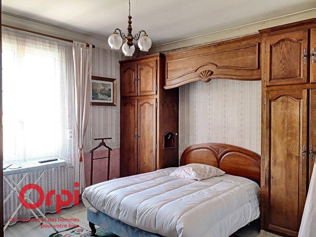 Maison à vendre 5 136m2 à Saint-Rémy-des-Monts vignette-10