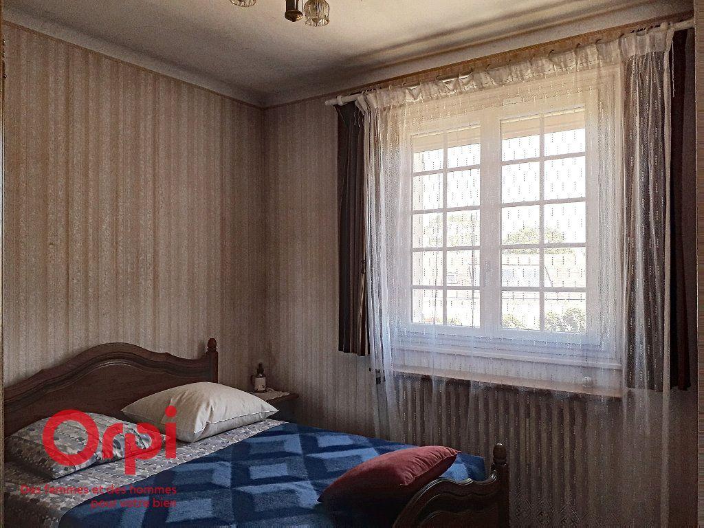 Maison à vendre 5 136m2 à Saint-Rémy-des-Monts vignette-11