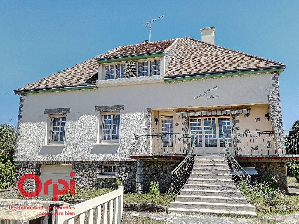 Maison à vendre 5 136m2 à Saint-Rémy-des-Monts vignette-16