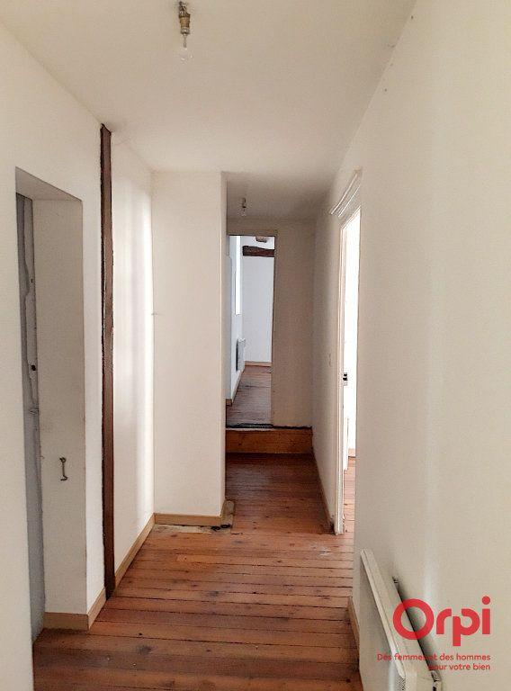 Maison à vendre 6 145.77m2 à Saint-Aubin-des-Coudrais vignette-3
