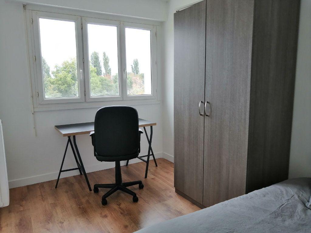 Appartement à louer 0 84.27m2 à Le Mans vignette-2