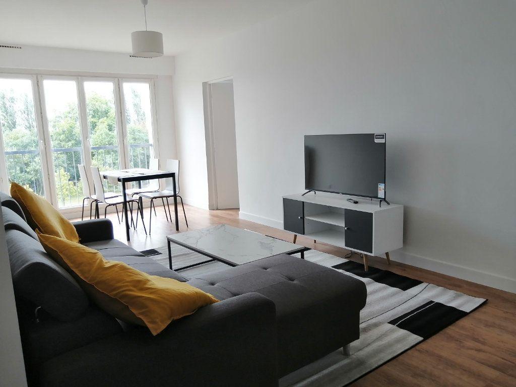 Appartement à louer 0 84.27m2 à Le Mans vignette-5