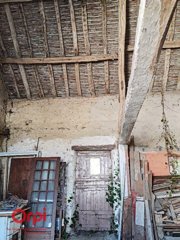 Maison à vendre 3 107m2 à Saint-Cosme-en-Vairais vignette-5