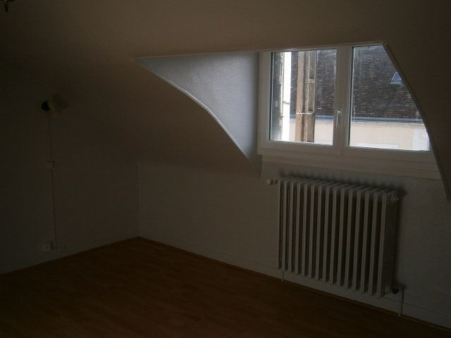 Maison à louer 3 62m2 à Mamers vignette-3