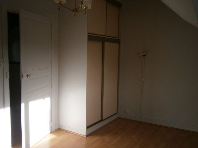 Maison à louer 3 62m2 à Mamers vignette-4
