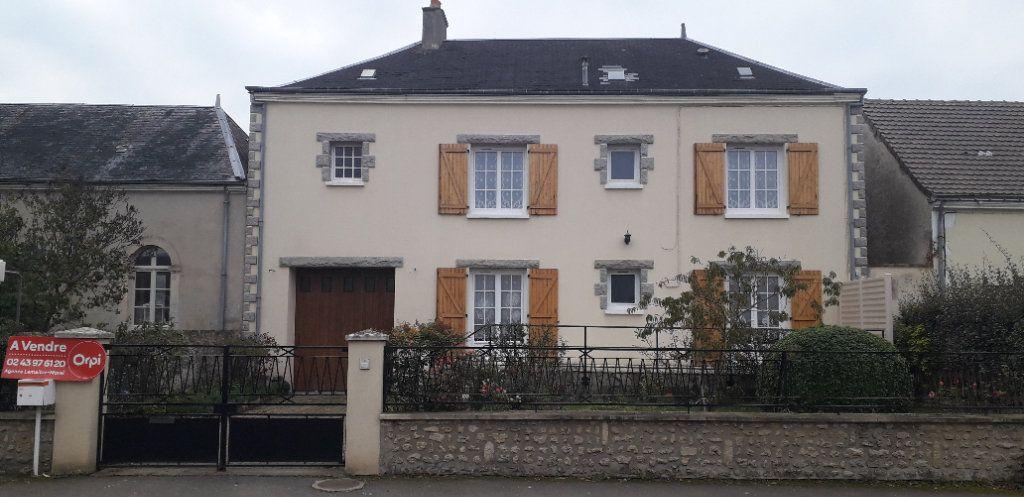 Maison à vendre 6 184m2 à René vignette-1