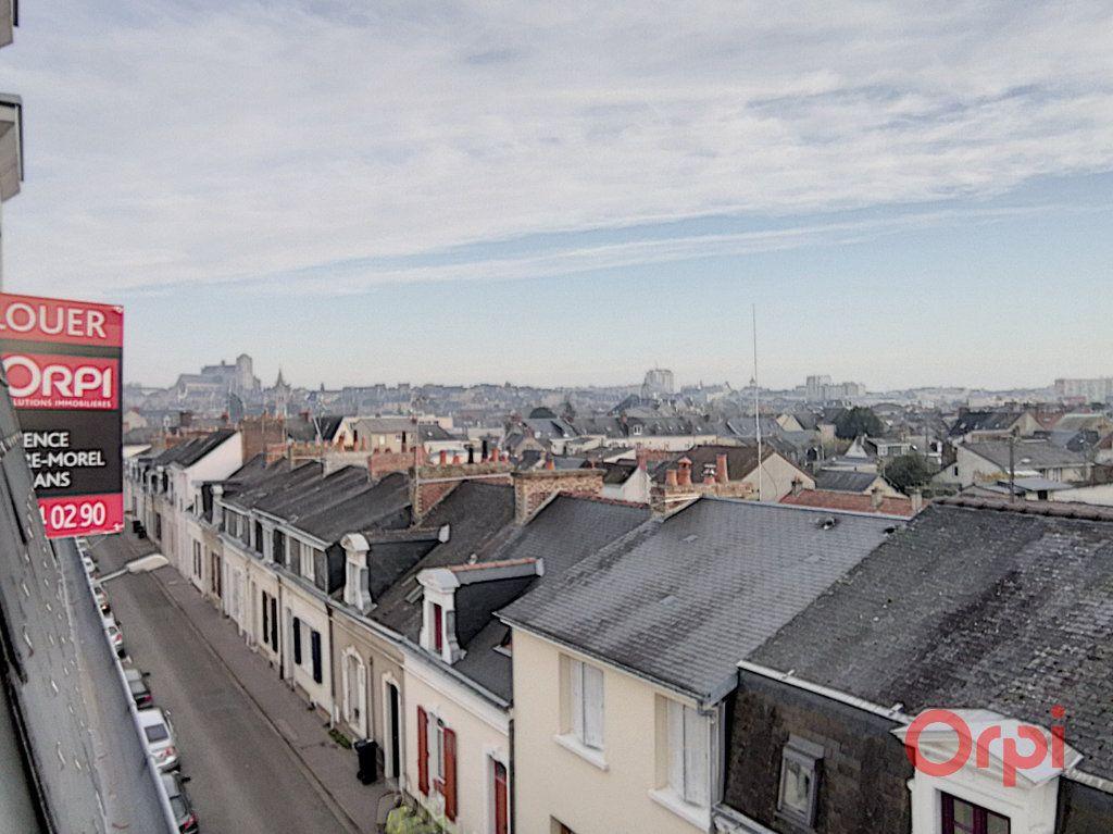 Appartement à louer 4 82.79m2 à Le Mans vignette-5