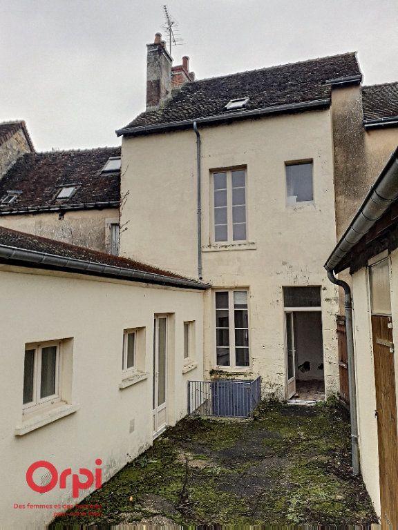 Maison à vendre 8 136m2 à Mamers vignette-1