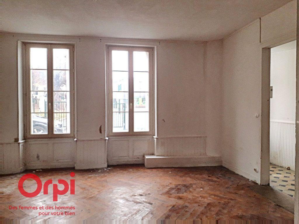 Maison à vendre 8 136m2 à Mamers vignette-6
