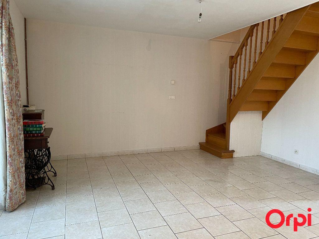 Maison à vendre 10 350m2 à Luché-Pringé vignette-2