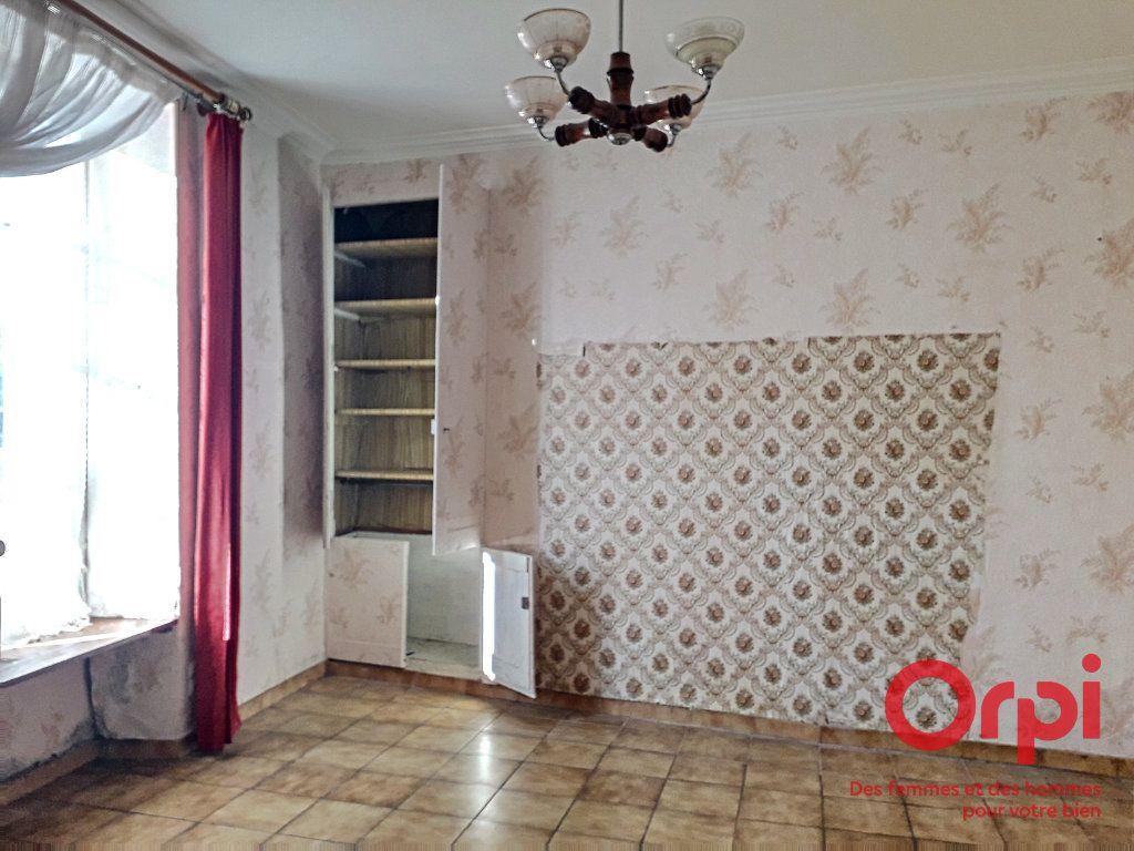 Maison à vendre 5 100m2 à Mamers vignette-3