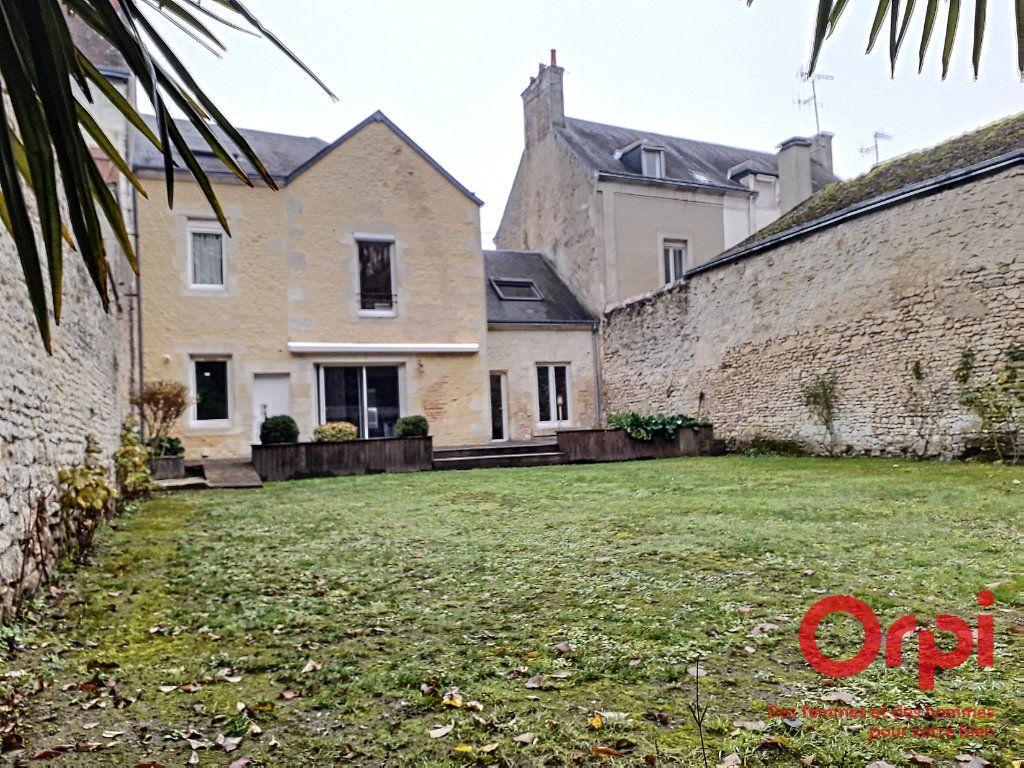 Maison à vendre 7 157m2 à Mamers vignette-1