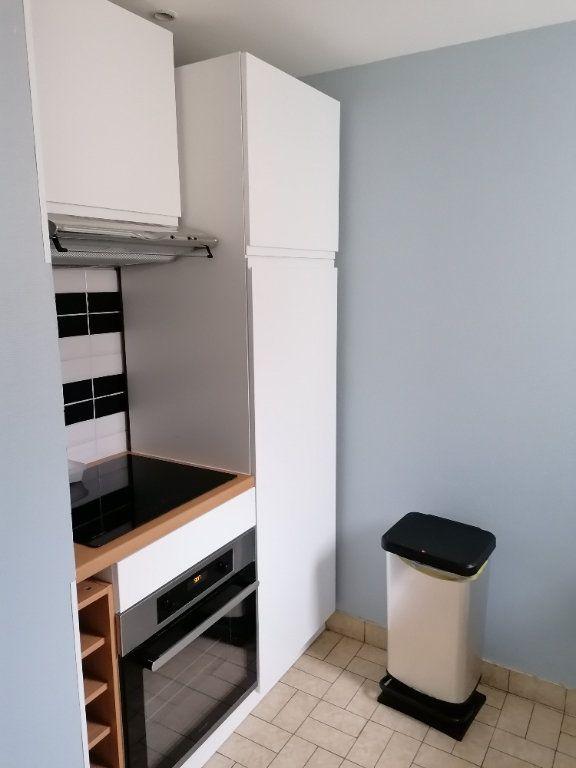 Appartement à louer 2 49m2 à Marolles-les-Braults vignette-1