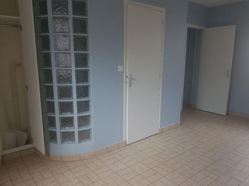Appartement à louer 2 49m2 à Marolles-les-Braults vignette-7
