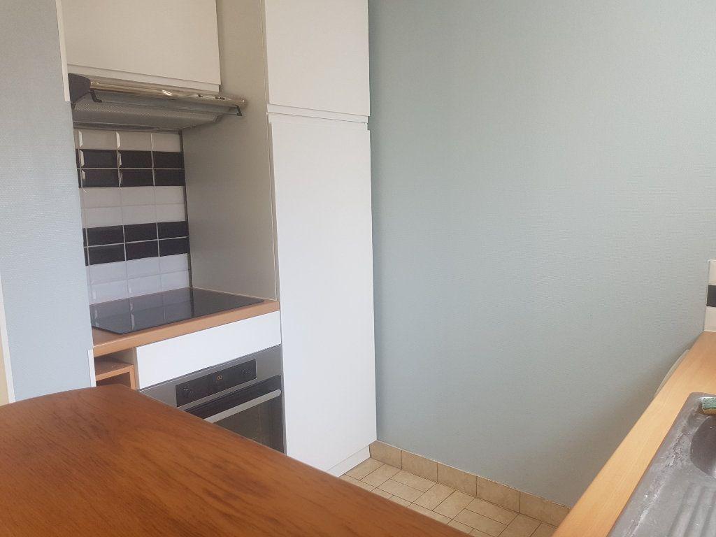 Appartement à louer 2 49m2 à Marolles-les-Braults vignette-11