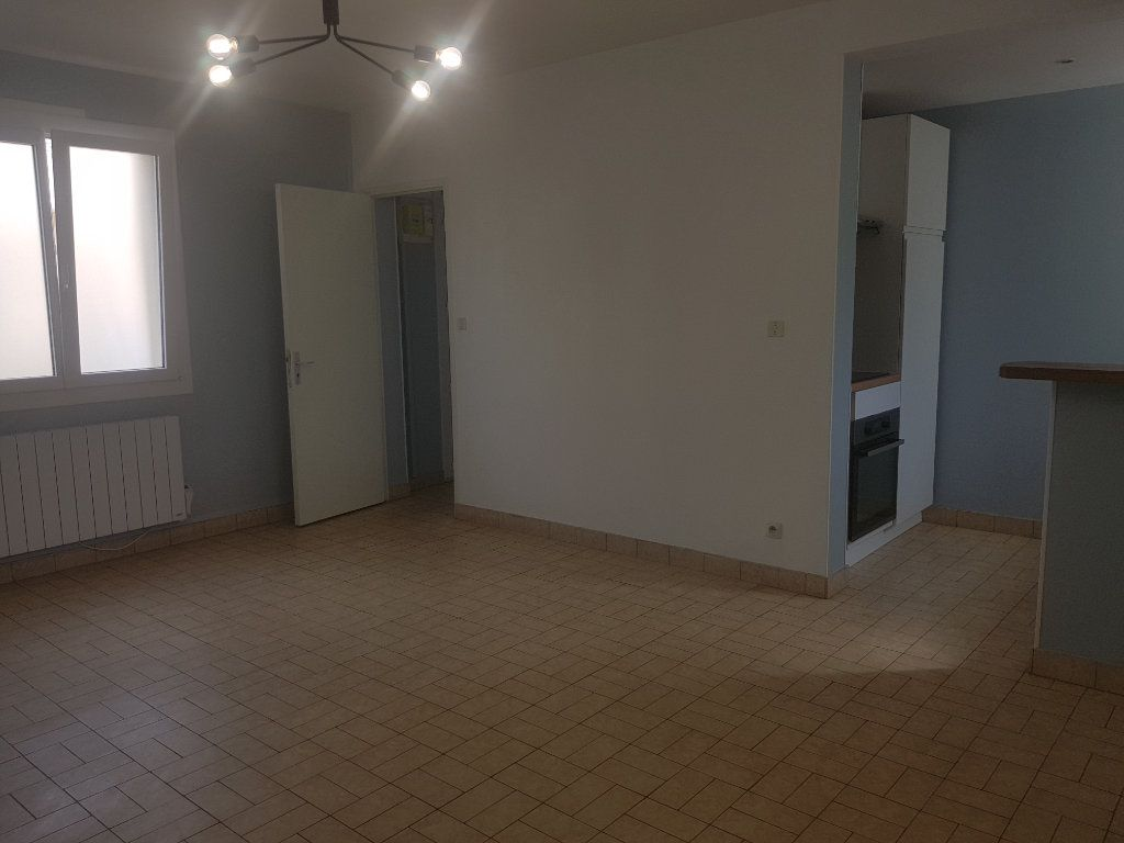 Appartement à louer 2 49m2 à Marolles-les-Braults vignette-15