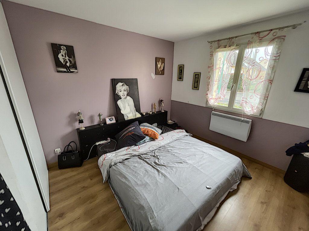 Maison à vendre 6 141m2 à Saint-Jean-d'Assé vignette-7