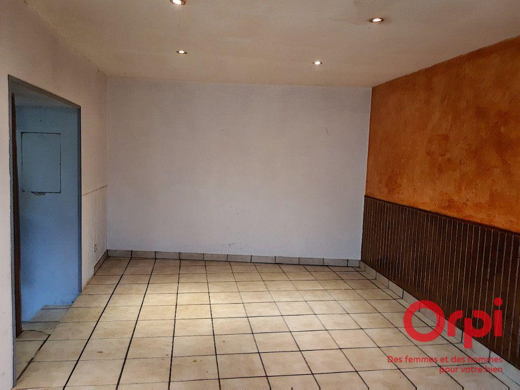 Maison à vendre 4 75m2 à Crannes-en-Champagne vignette-6