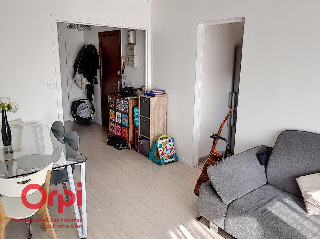 Appartement à vendre 2 47.75m2 à Le Mans vignette-4
