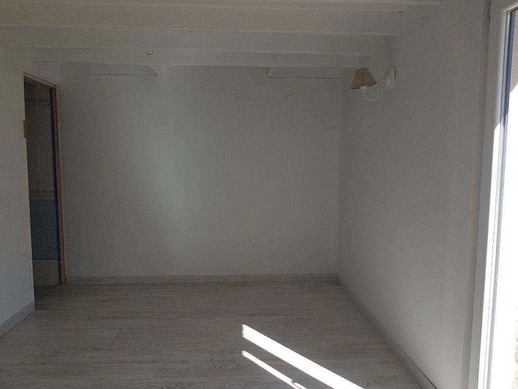 Maison à louer 5 109m2 à Aillières-Beauvoir vignette-5