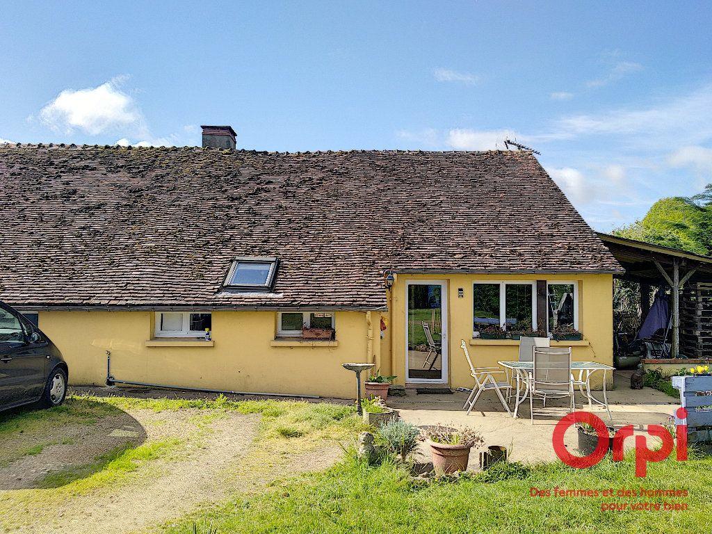 Maison à vendre 5 103m2 à Gréez-sur-Roc vignette-1