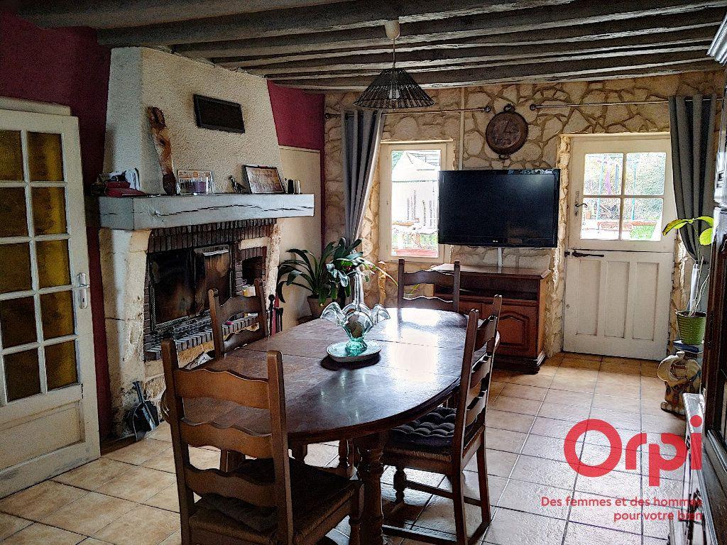 Maison à vendre 5 103m2 à Gréez-sur-Roc vignette-3