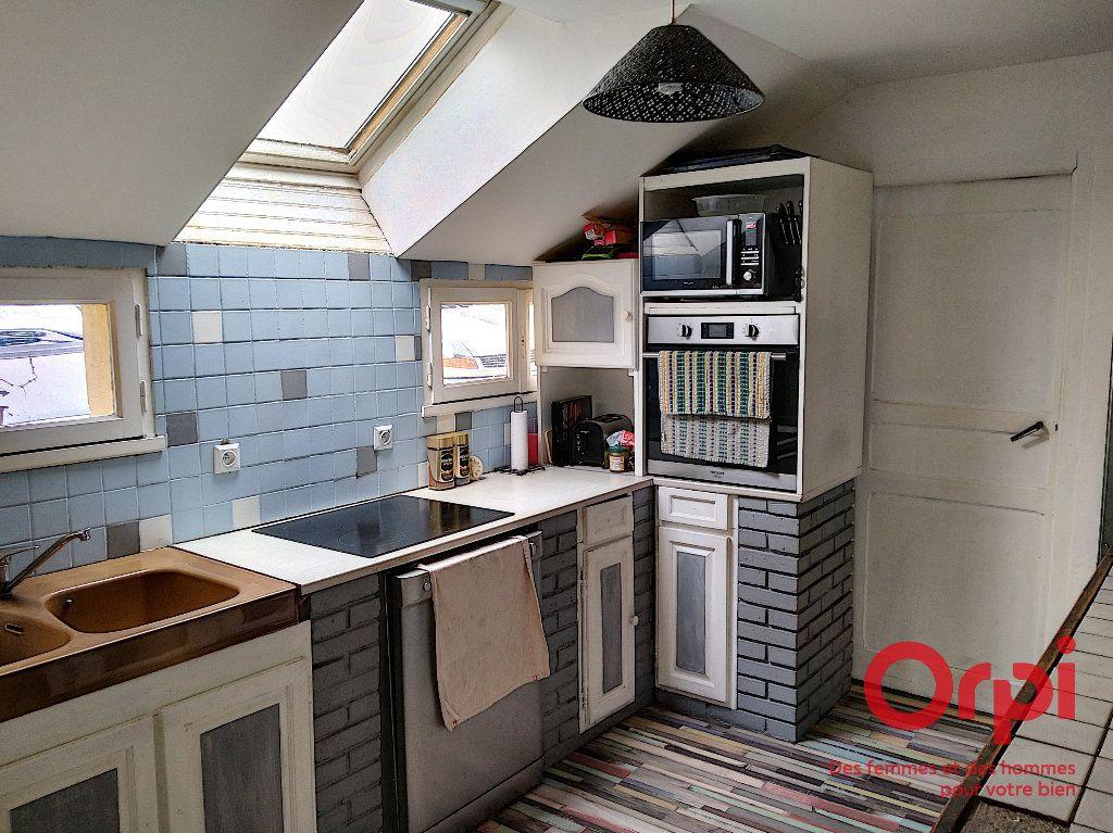 Maison à vendre 5 103m2 à Gréez-sur-Roc vignette-7