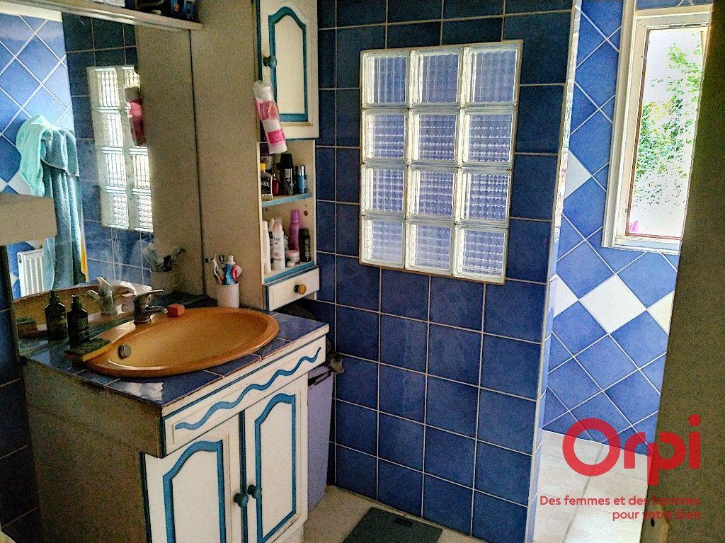 Maison à vendre 5 103m2 à Gréez-sur-Roc vignette-8
