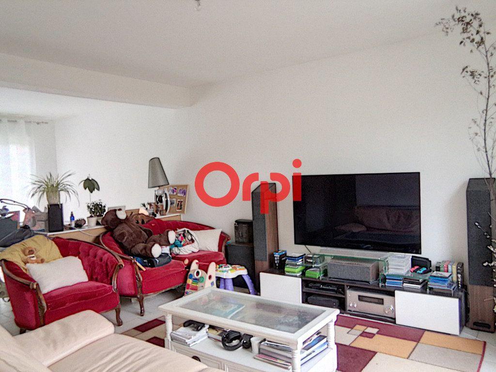 Maison à louer 5 85.2m2 à Rouillon vignette-2