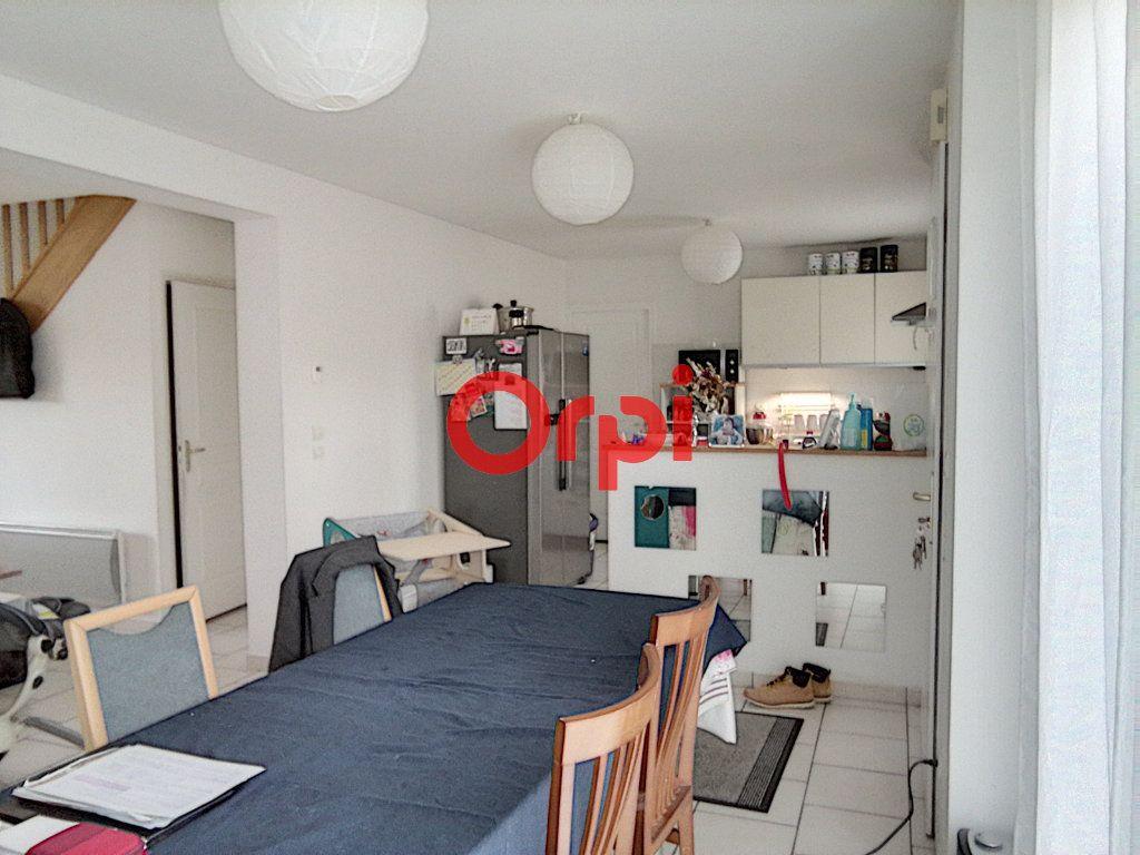 Maison à louer 5 85.2m2 à Rouillon vignette-4