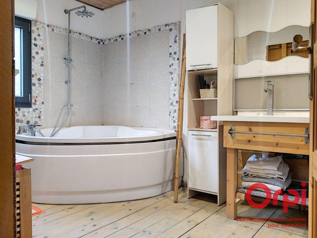 Maison à vendre 7 160m2 à La Chapelle-Saint-Rémy vignette-4