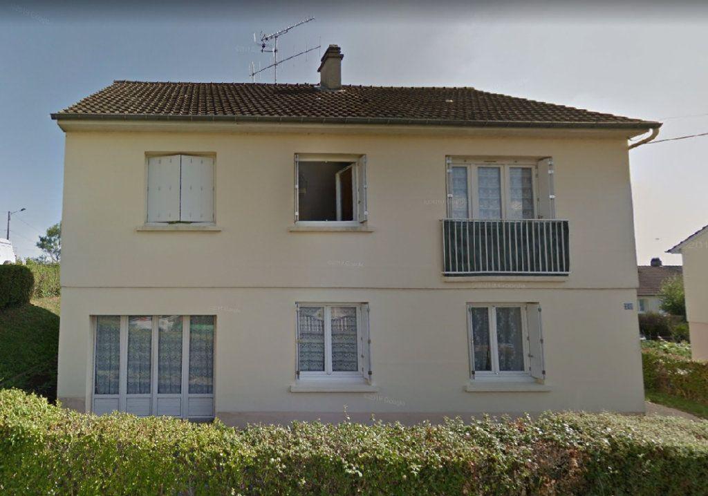Appartement à louer 5 65m2 à Fresnay-sur-Sarthe vignette-4
