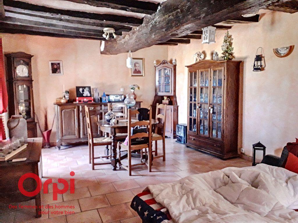 Maison à vendre 6 120m2 à Sougé-le-Ganelon vignette-6