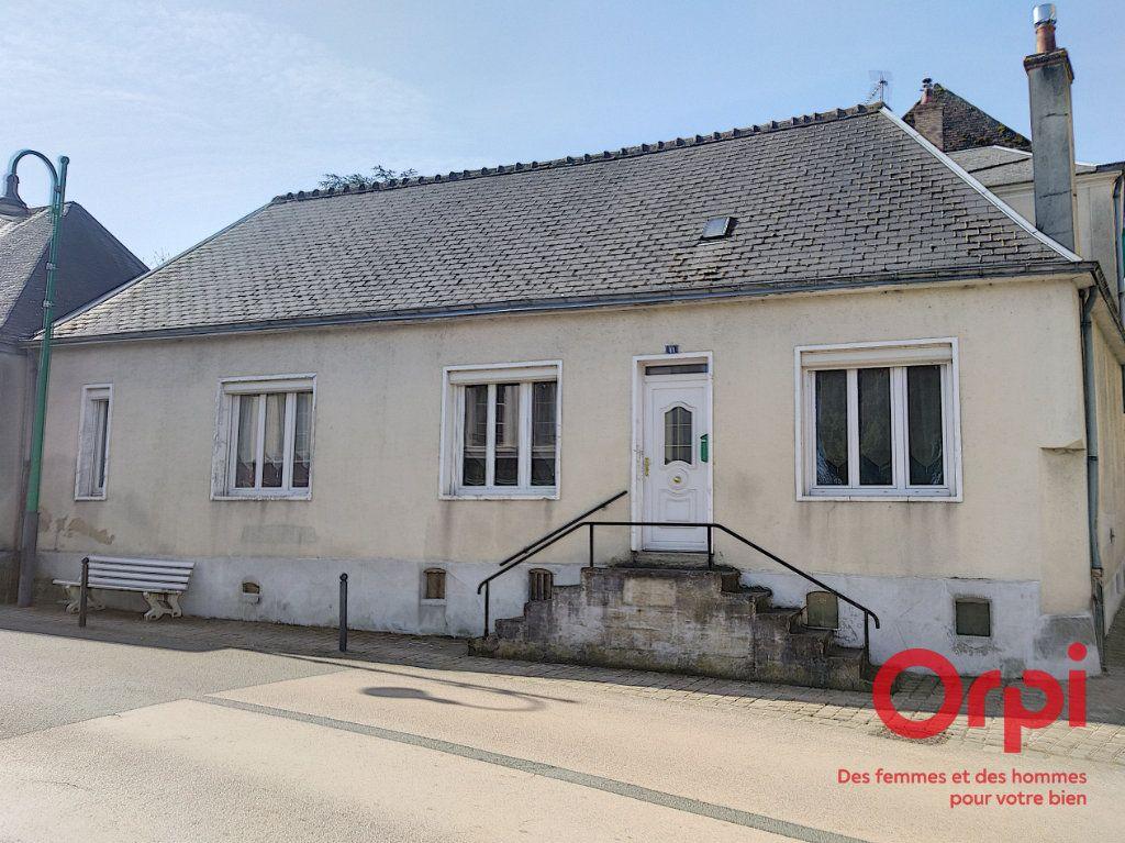 Maison à vendre 5 140m2 à Dollon vignette-6