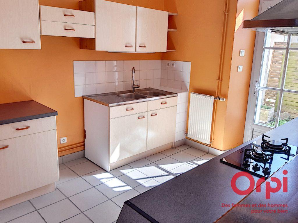 Maison à vendre 4 75.73m2 à Laigné-en-Belin vignette-1