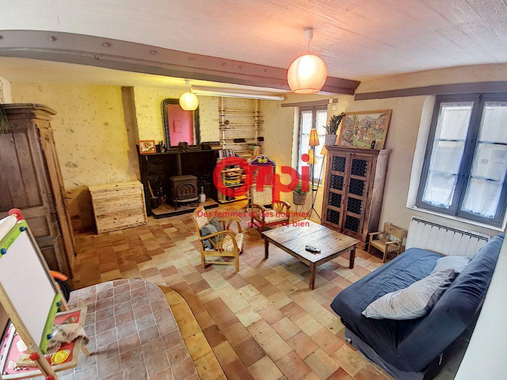 Maison à vendre 4 100m2 à Nogent-le-Bernard vignette-2