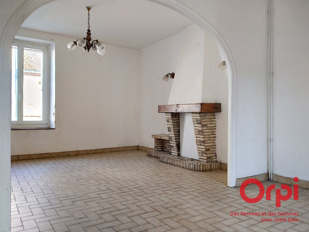 Maison à vendre 5 92.41m2 à Lavaré vignette-2