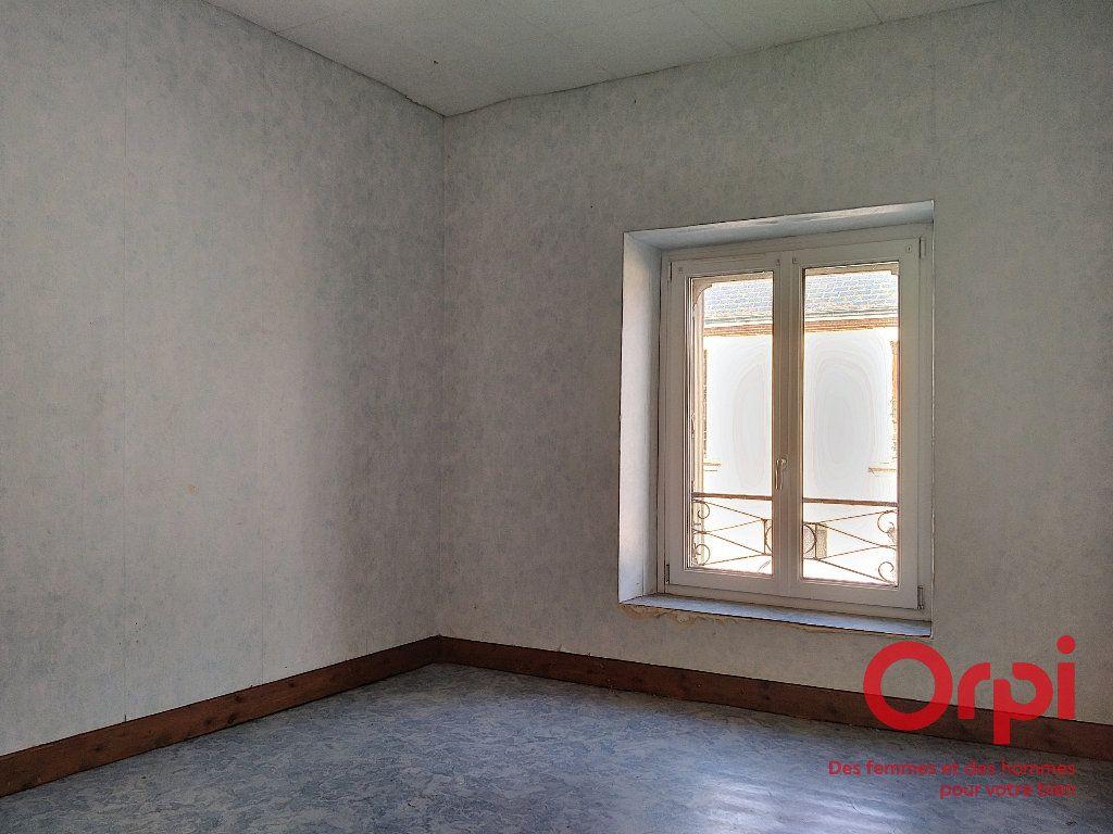 Maison à vendre 5 92.41m2 à Lavaré vignette-4