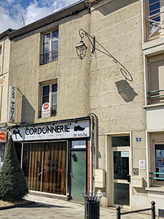 Maison à vendre 5 150m2 à La Ferté-Bernard vignette-1
