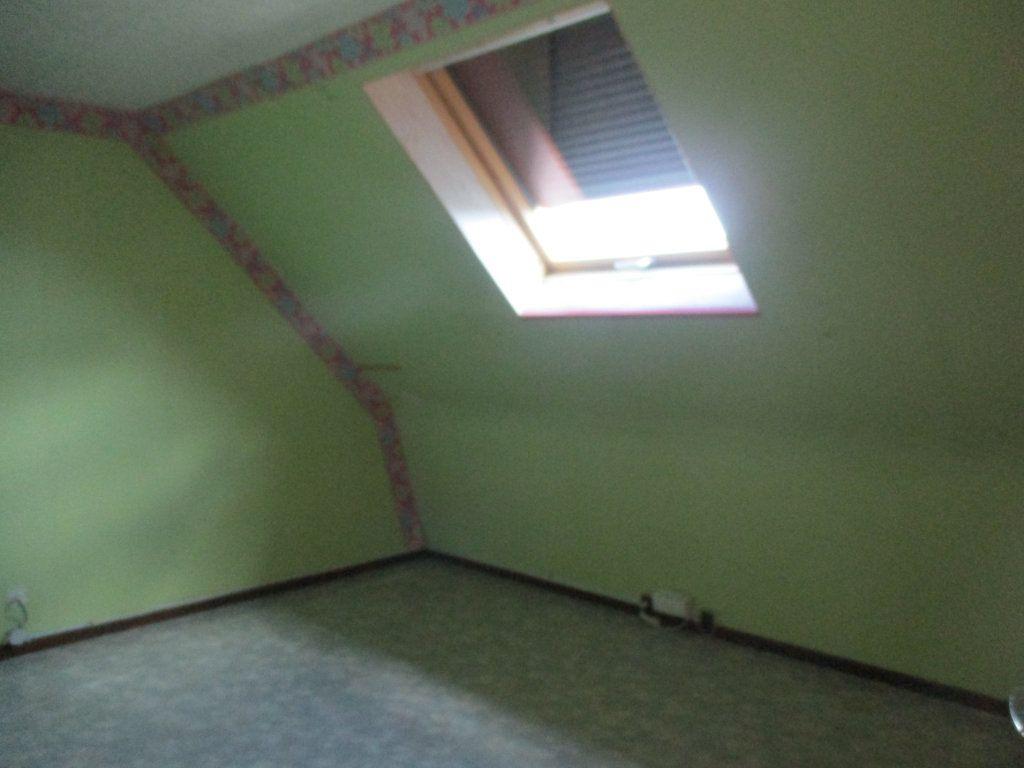Maison à louer 5 94m2 à Mamers vignette-11