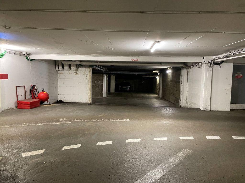 Stationnement à louer 0 0m2 à Le Mans vignette-2