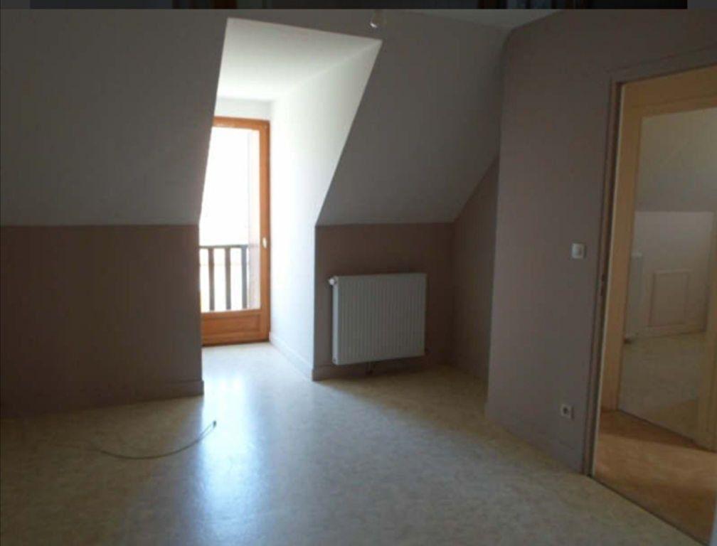 Maison à louer 4 0m2 à Romorantin-Lanthenay vignette-3