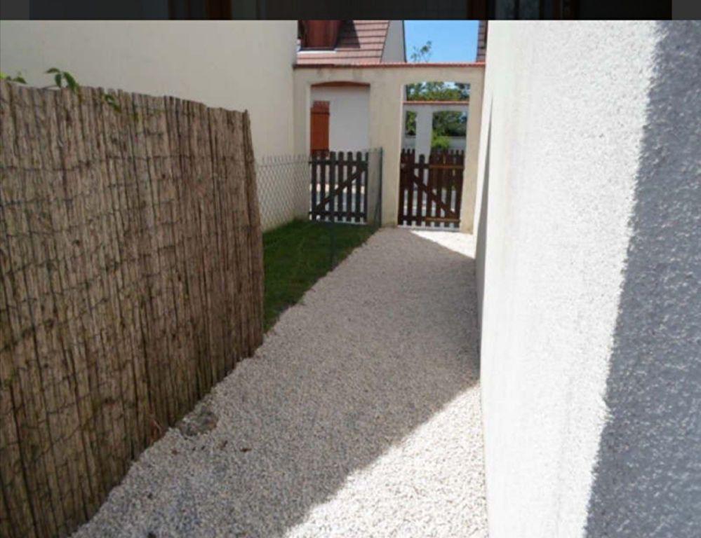 Maison à louer 4 0m2 à Romorantin-Lanthenay vignette-7