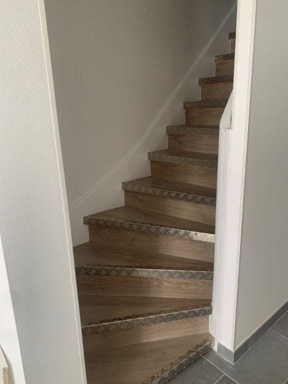 Appartement à louer 3 92m2 à Romorantin-Lanthenay vignette-4