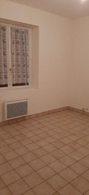 Maison à louer 2 35m2 à Villefranche-sur-Cher vignette-4
