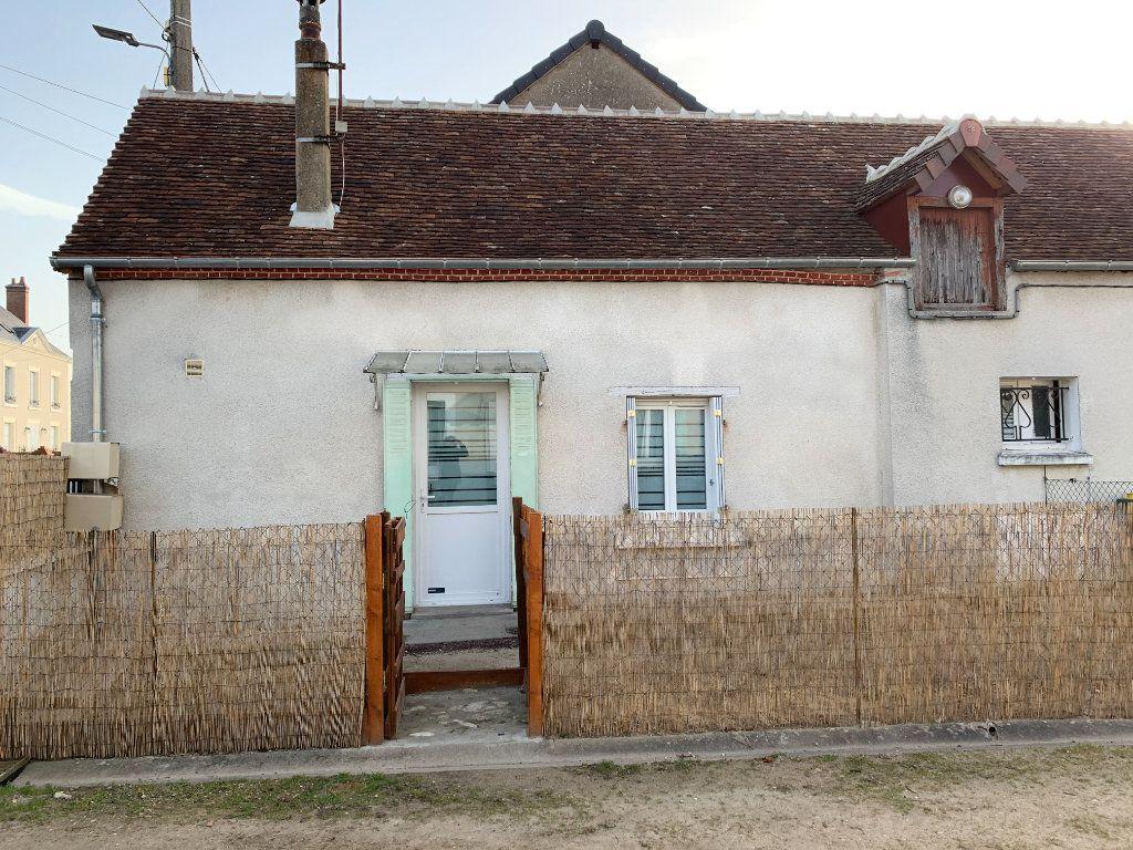 Maison à louer 2 69.2m2 à Chabris vignette-1