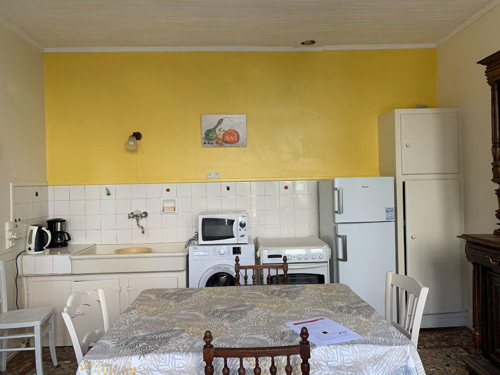 Maison à louer 2 44m2 à Saint-Christophe-en-Bazelle vignette-4