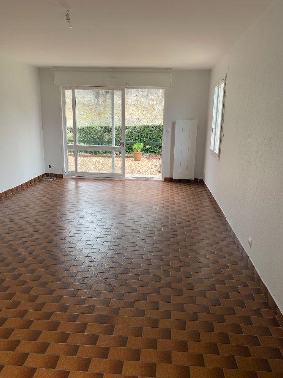 Appartement à louer 3 70.48m2 à Romorantin-Lanthenay vignette-1